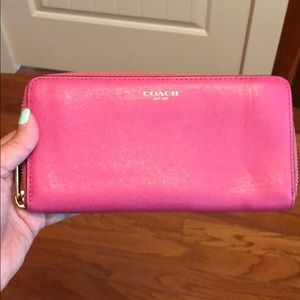 Coach Crossgrain Pink Leather Accordion Wallet